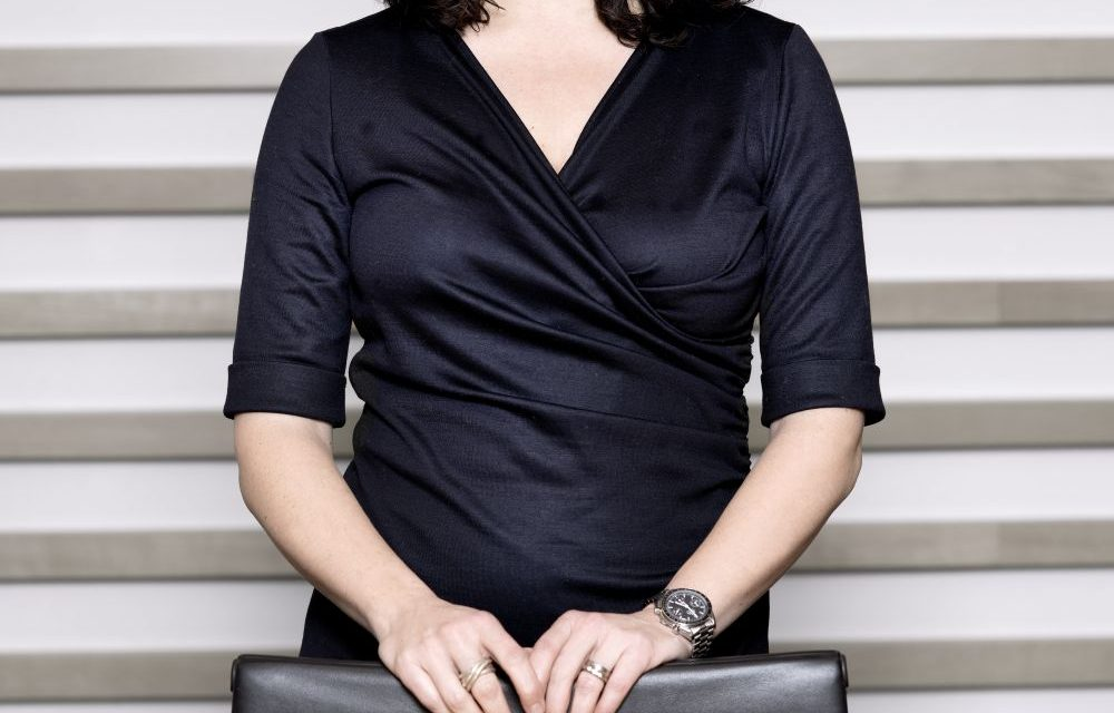 https://beratung-dobrindt.de/wp-content/uploads/2021/02/Simone-Hoffmann-Bespr_2-1000x640.jpg